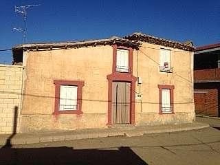 Casa en Calle jose antonio caba�eros, 20. Muy bien situada ,con pozo de agua privado
