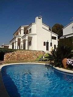 Alquiler Casa en Carrer pirineu, 34