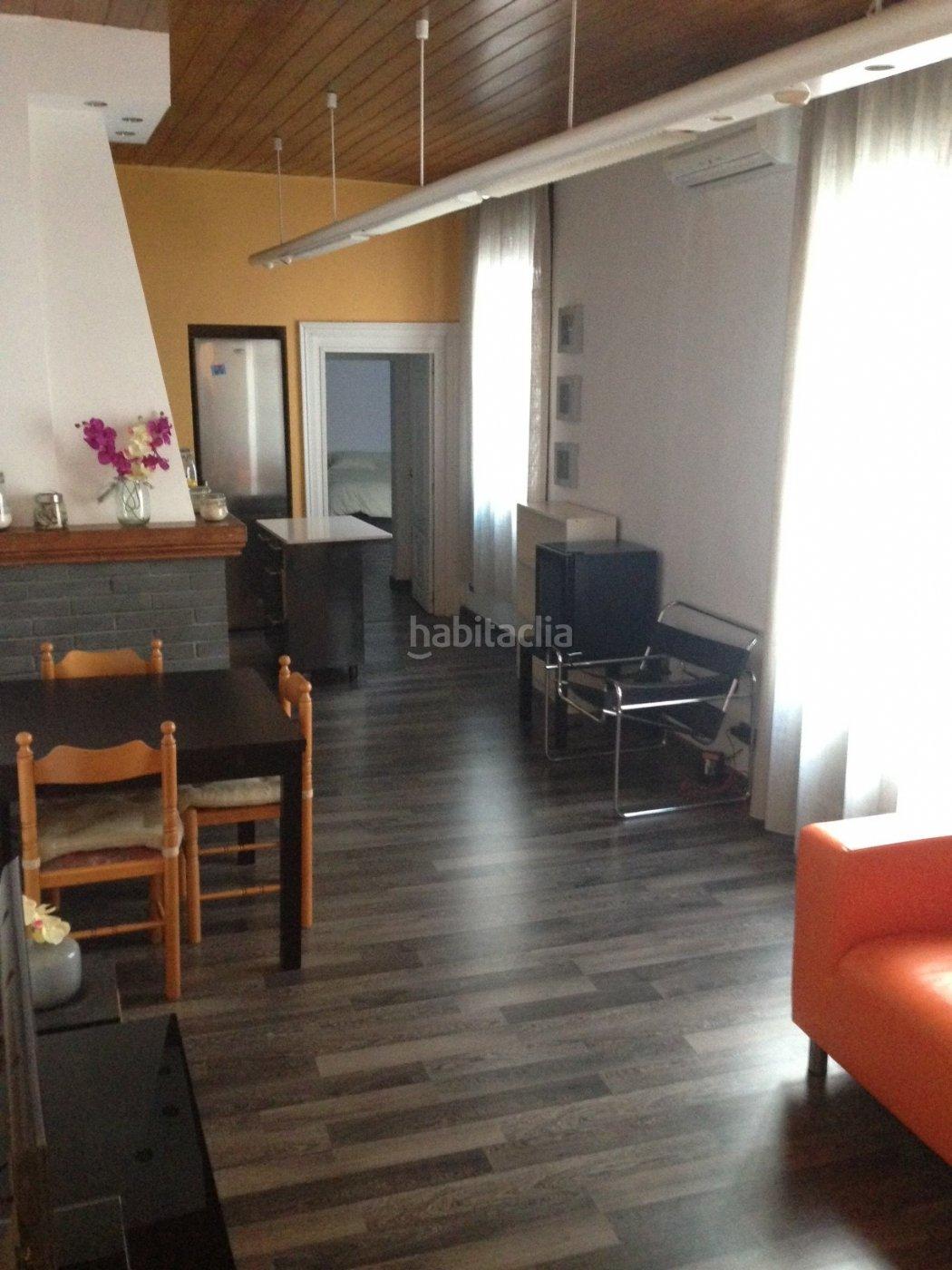 Alquiler piso por 975 en carrer santa anna en pleno centro apt amueblado en plaza catalu a en - Alquiler pisos barcelona particulares amueblado ...
