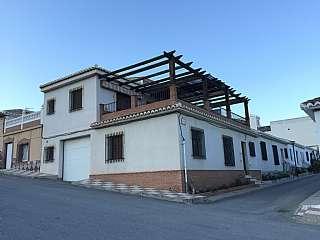Casa adosada en Calle romero de castell de ferro, s/n. Casa en el romeral