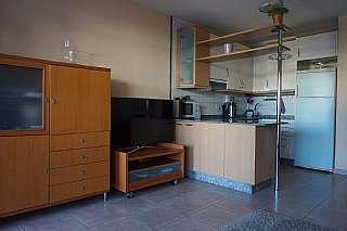 Piso en Calle ulises, 37. Apartamento planta baja con 2 terrazas
