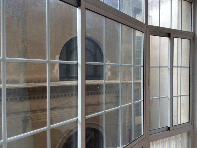 Foto galeria. Alquiler piso en Carrer Roger De Lluria al costat de passeig de gr�cia en Barcelona