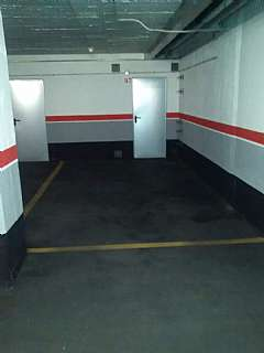 Alquiler Parking coche en Parc de les nacions unides, s/n. Plaza de parking en alquiler zona olimpica