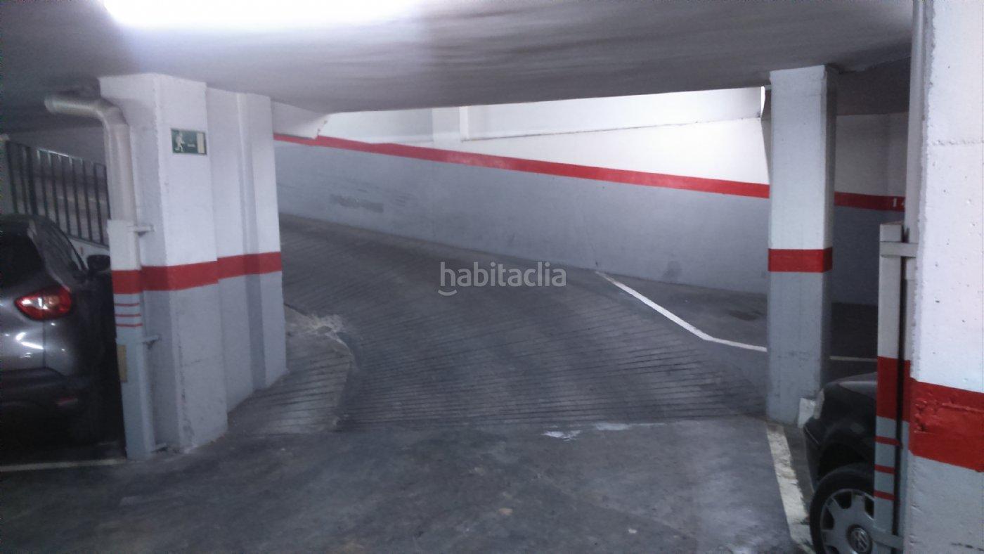 Parking coche por 70 de 7 metros carrer escultor llimona for Parking de coches