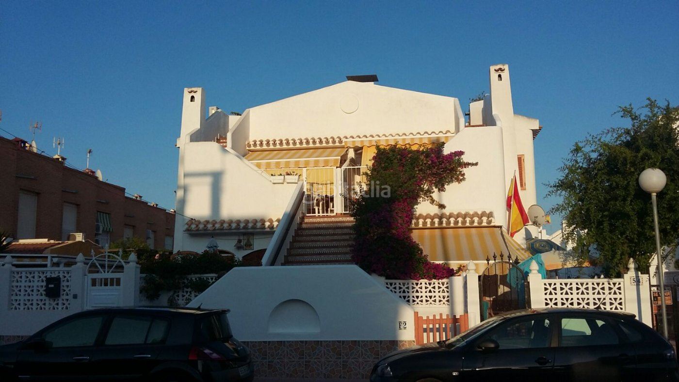 Haus nach in calle gabriela mistral ibiza style for Calle mistral
