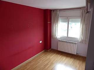 Alquiler Piso en Carrer francesc moragas, 66. Pis 3 habitacions, parquet, balcon