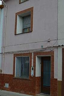 Casa a Cervantes, 2. Casa muy bien situada