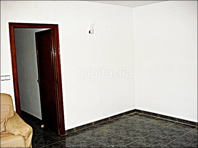 Piso por en pedret ocasion de 65 m2 2 for Piso 500 euros barcelona