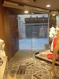 Alquiler Local Comercial en Carrer anselm clave, 10. Due�o directo: local a pocos metros de plaza ind.