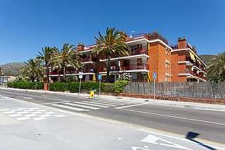 �tico Passeig Maritim, 394. 1� linea de mar vistas mar y monta�a terraza 85m2
