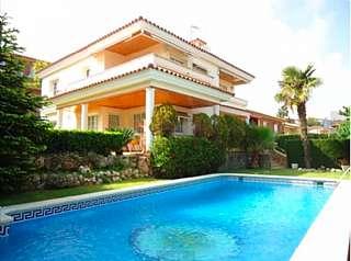 Alquiler Casa en Avinguda puig de pedra,. Tranquilidad a 20 minutos de barcelona