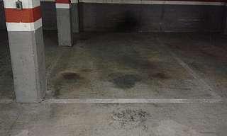 Parking coche en Carrer joan puig, 10. Plaza para coche grande, f�cil acceso