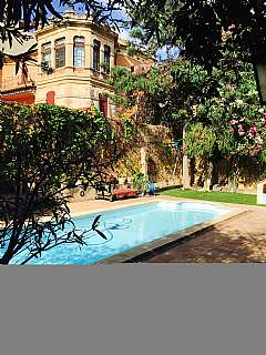 Casa en Carrer infanta, 1. Villa modernista
