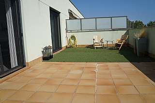 Dúplex en Carrer duana (vilatenim), 12. Duplex con terraza 30m2 y piscina comunitaria