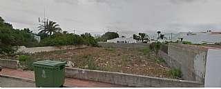 Urban plot in Carrer sant jordi, de, 15. Solar en zona muy tranquila de calan porter
