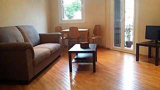 Alquiler Piso en Carrer rossello, 404. Piso sagrada familia. directo propietario. 50 m2