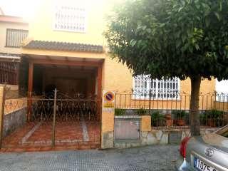 Casa adossada a Calle alicante, 6. : estupendo adosado en venta en amoradí
