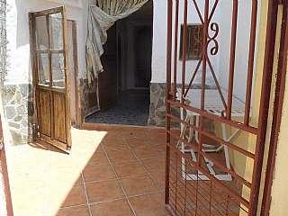 Casa en C/ almendro, 17. Casa cueva muy cálida 4 dormitorios