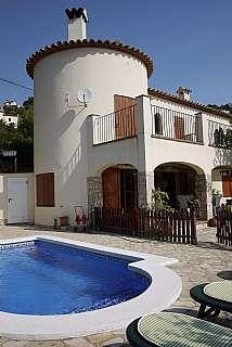 Casa en Carrer florencia, 3. Casa independiente con piscina en la costa brava
