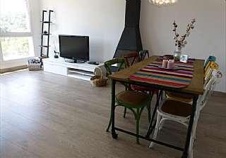 Casa adosada en Carrer ronda del molí, s/n. Fantástica vivienda unifamiliar con piscina