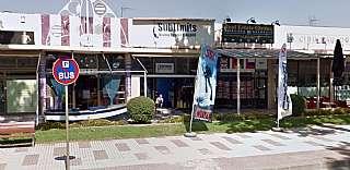 Alquiler Local Comercial en Av. platja d. Local s´agaró