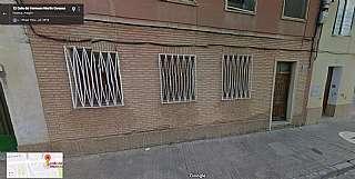 Planta baja en Calle hermano martin coronas, 13. Para reformar con terreno