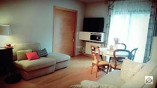Alquiler Piso en Carrer angel serradell i perez, 6. Apartament amb gran jardi zona montilivi