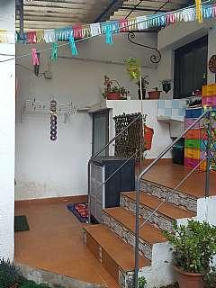 Alquiler Casa adosada en Carrer sant ramon, 48. Habitable 85 m con jardin de 40 m