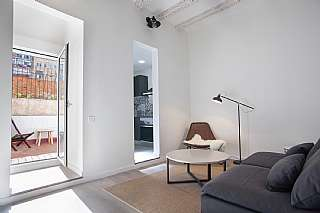 Alquiler Piso en Carrer blai, 51. Precioso piso reformado con terraza en poble sec
