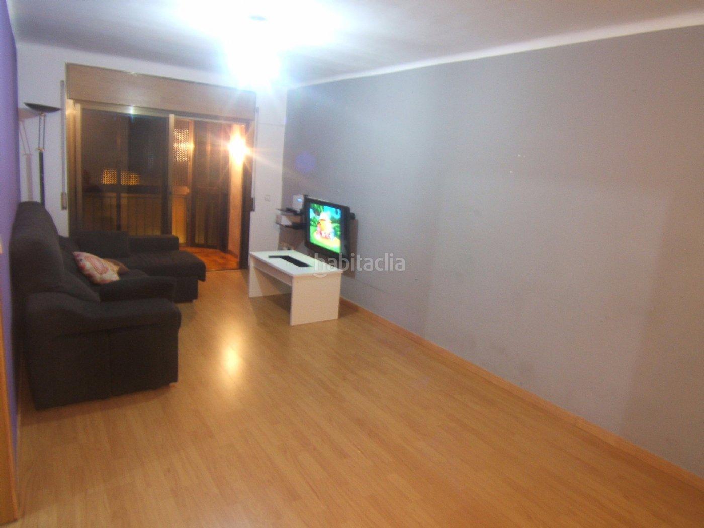 piso por de 90 metros carrer singuerlin 50 piso