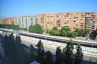 Piso en Gran via corts catalanes, 1128. Piso en provençals de poblenou.