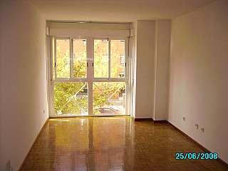 Alquiler Piso en Ciudad encantada, 9. Alquilo piso todo él exterior y muy luminoso