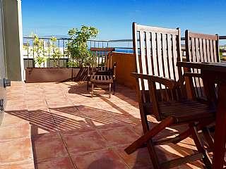 Piso en Carrer vallveric (de), sn. Terraza vistas al mar, piscina y parking.