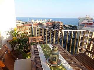 Alquiler Ático en Avinguda barcelona, 36. Soleado ático frente al mar y espectacular vistas