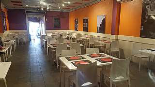 Alquiler Restaurante en Avda onze de setembre, 152. Restaurante 300m2 eix macia creu alta traspaso