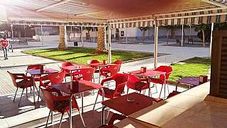 Alquiler Bar en Plaça sant jordi (de), 8. Bar cafeteria c1 en traspaso