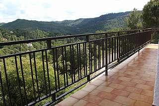 Casa en Urbanització masia del sola, sn. | casa con magníficas vistas a la montaña |