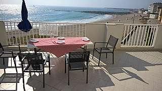 Alquiler Piso en Avenida mariña (da), 63. Piso en 1ª linea de playa con terraza de 42m!!!