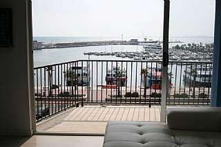 Alquiler Apartamento en Calle espoz y mina, 6. Fantástico apartamento en primera línea de puerto