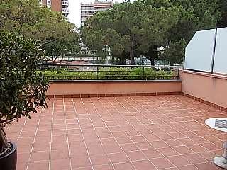 Casa pareada en Carrer torrassa (la), 32. Casa familiar amplia