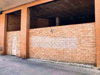 Locale commerciale in Avinguda catalunya, 73. Situado en arteria principal de la ciudad