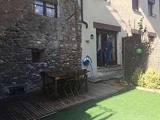 Piso en Raval, 65. Apartamento con 55 m2 de jardín