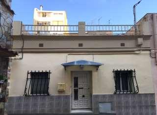 Casa adosada en Passatge nuria, sn. Casa mata en el centro de Barcelona