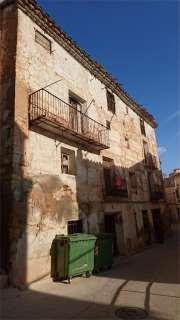 Casa adossada a Calle mesón, 15. Ademuz / calle mesón