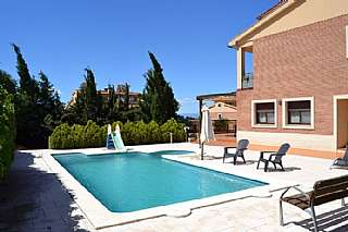 Casa adosada en Carrer gregal, 6. Preciosa casa adosada con piscina en tarragona