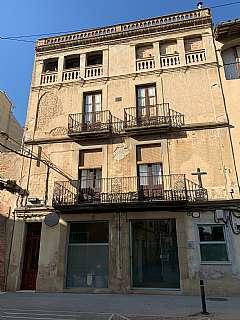 Wohngrundstück in Enric delaris, 52. Edificio para construcción centro de Manlleu