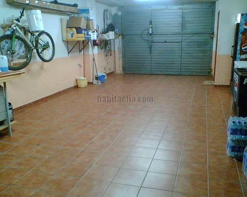 Fotos de garajes de casas fotos de garajes de casas with for Garajes por dentro