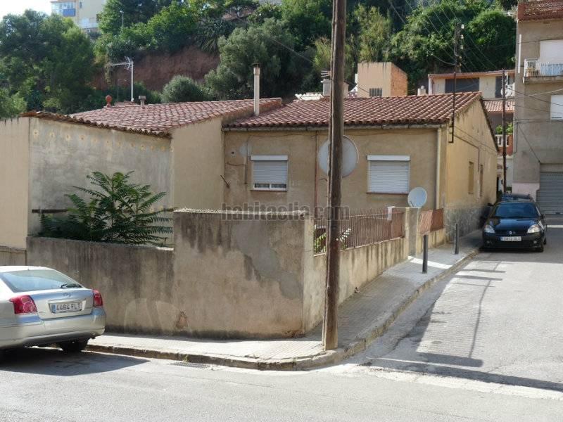 Casa por en joan maragall en molins de rei for Casas molins de rei