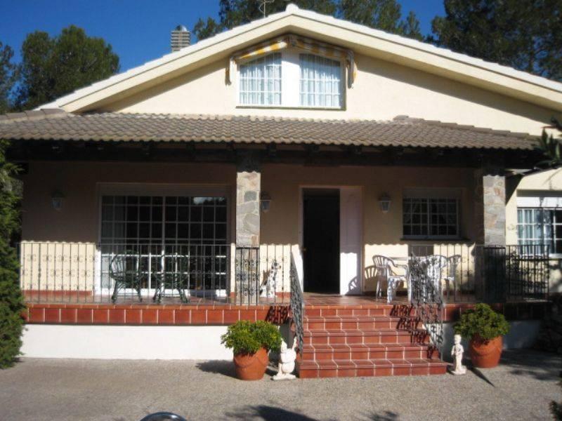 Foto 500-img814563-2021673. Casa estupenda con finca ajardinada en Querol