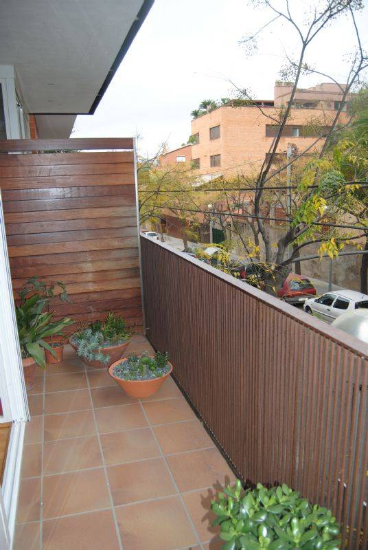 Piso por moderna vivienda seminueva en venta en roses castellbell sant feliu de - Venta pisos sant feliu de llobregat ...